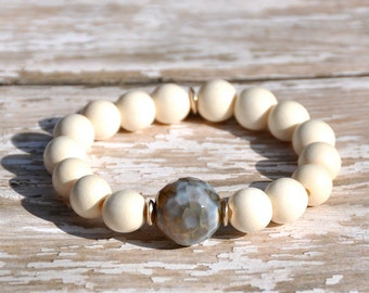 White Wood with Agate Stone Focal Beaded Bracelet | Free Shipping