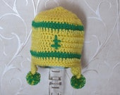 Green Bay Packer Baby Hat. Cute Hat for Baby in Green and Yellow.