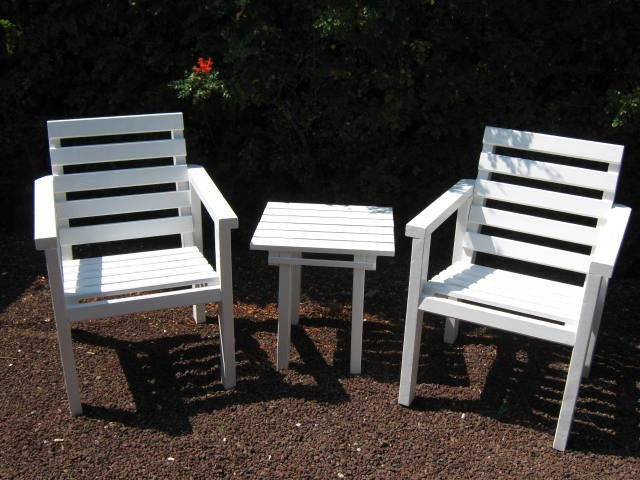 Diy plans to make lawn chair and cocktail table by wingstoshop for Cocktail tables diy