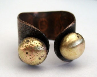Horns .Copper ring with golden brass pebbles adjustable rustic organic style ring metalwork