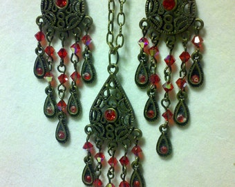 Teardrop Necklace and Earrings
