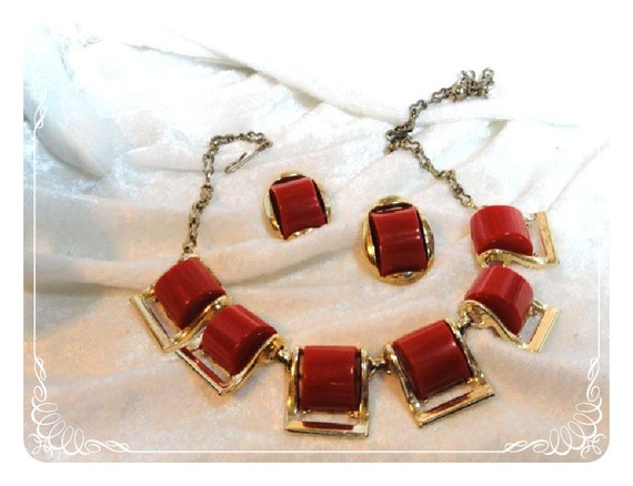 Red Necklace & Earring Set Mad Men Betty Draper 1074ag-012312000