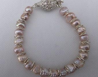 Pink Pearl Bracelet, Ladies Pearl Bracelet, Bridal bracelet, freshwater pearl bracelet, pearl jewellery, gift for her, bridesmaid,