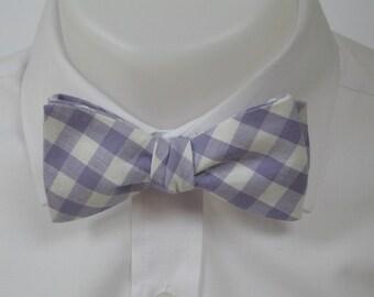 Lilac /pale purple gingham  - mens bowtie - self tie / freestyle - classic shape