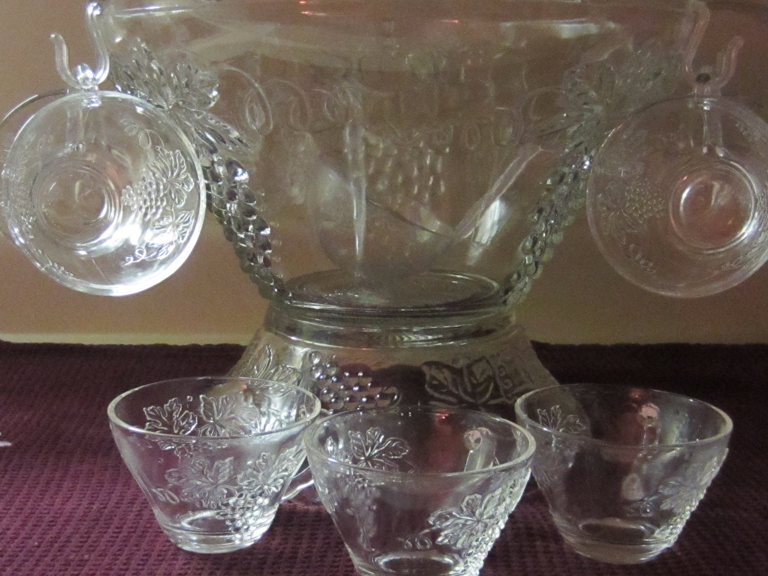 Amazoncom Vintage Glass Punch Bowl Set: Mixed