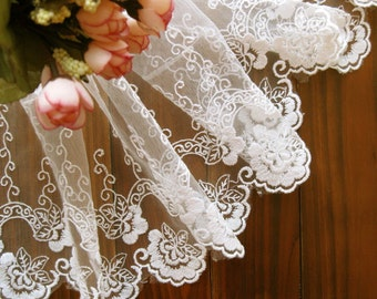 Lace Fabric Trim - Wide Light Cream Flower Floral Leaf Scallop Lace Fabric TRIM 6.5 Inches 1 Meter - Isobel LAST