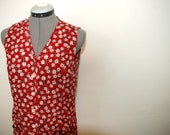 90's floral sleeveless blouse - Red, side slits, pockets - Small