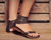MOLLE. Brown leather thong sandals / womens leather flats / flat sandals / barefoot. Sizes US 4-13. Available in different leather colors.