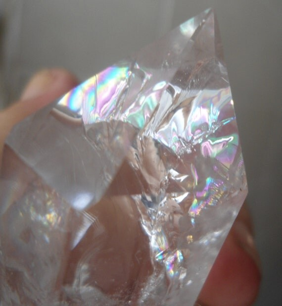 Quartz point with Rainbow Inclusions -  Narural Gemstone