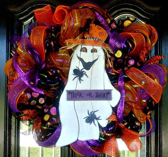 Deco Mesh TRICK or TREAT HALLOWEEN door wreath