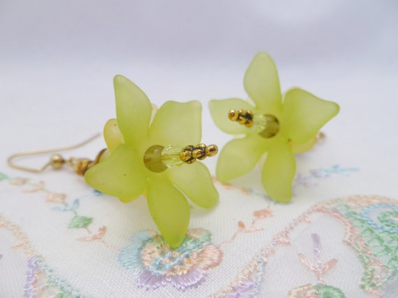 Bi-color Blooms Dangle Earrings - Green & Yellow