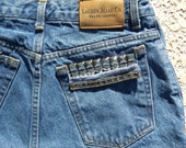 High Waisted Denim Shorts, Distressed Shorts, Cut Off Shorts, Studded Shorts (P) Size Small