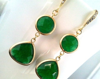 Lovely Green Jade gorgeous Earrings ,Drop, Dangle, Glass Earrings, bridesmaid gifts,Wedding jewelry,Mother's Day Gift