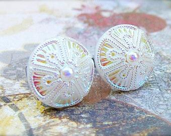 Pie - Czech glass button stud earrings