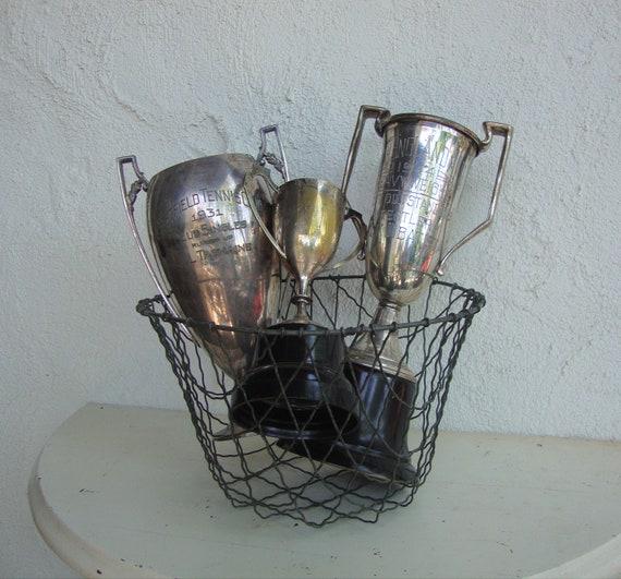 VINTAGE WIRE BASKET - Metal -  Storage