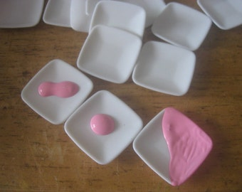 Dollhouse Miniature Pink Dishes 4 pieces