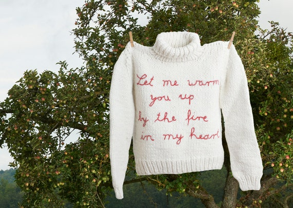 """Pullover, alpaca white, hand-knitted and hand-embroidered - """"Woolen Heart"""""""
