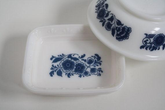 Set of Vintage Avon Blue Floral Milk Glass Soap Dish, Vintage Avon, Shabby Chic, Romantic Decor, Blue Floral Housewares, Milkglass