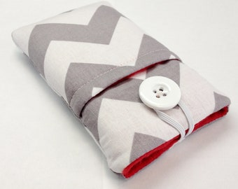 iphone 5 pouch, ipod, iPhone 6 plus, Samsung Galaxy S3, S4, S5 sleeve, pouch, cover in grey and white chevron