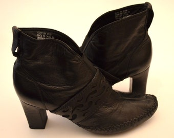 Clarks Boots, Size 6, Black Ankle Boots, Vintage Boots, Boots With Heels, Women's Boots, Leather Boots, Hipster, BOHO,