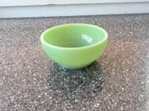 Jadeite cereal bowl