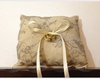 Rustic wedding ring pillow. burlap and white lace fabric with Ivory satin ribbons