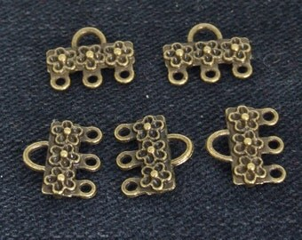 20Beads 3loops Link Flower Antique bronze Vintage Brass  Flower Connector pendant Base Setting ----- 11mmx13mm ----- 20Pieces 2E