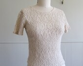 Lace small 90's nude tee top blouse, incredible lace and net fabric