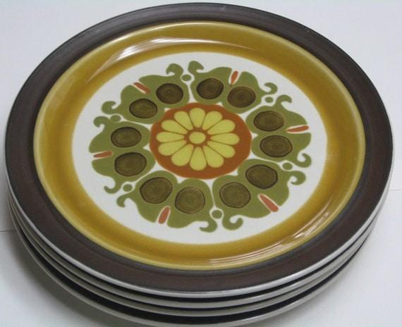 Four Electra Echo Dinner Plates