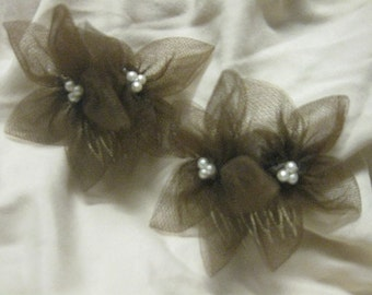 Mini Brown Tulle Flowers w/Triangle Center