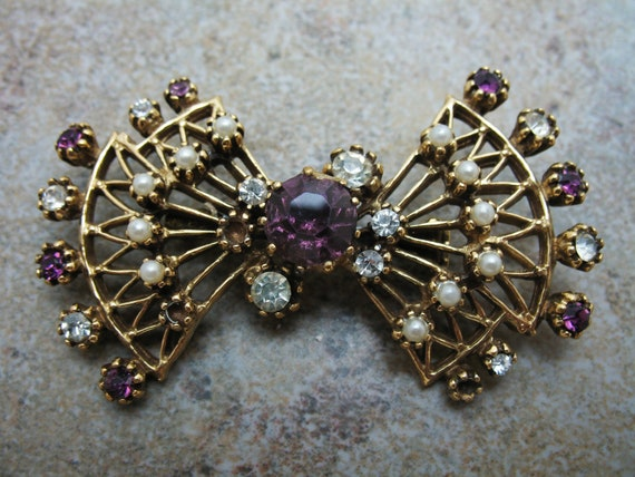 Purple Clear and pearl and Gold Rhinestone Fan Brooch