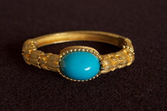 KJL Turquoise Oval Clamper Gold Tone Bracelet 1970s Vintage
