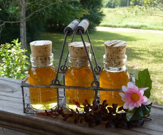 Raw Wildflower Honey, Rustic Antique Style Milk Bottle Glass Jars In A Rustic Chicken Wire Basket, Pure Tennessee Honey, Rustic Honey Gift