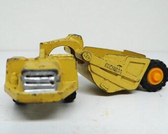 Vintage metal toy, industrial machinery, Michigan scraper, made in Hong Kong, stamped 8101