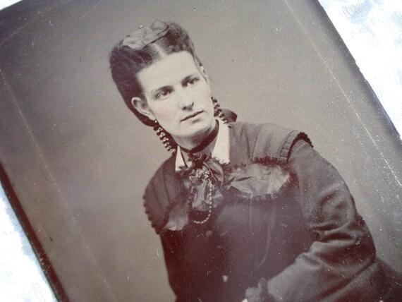 Antique Tintype Photo Beautiful Woman