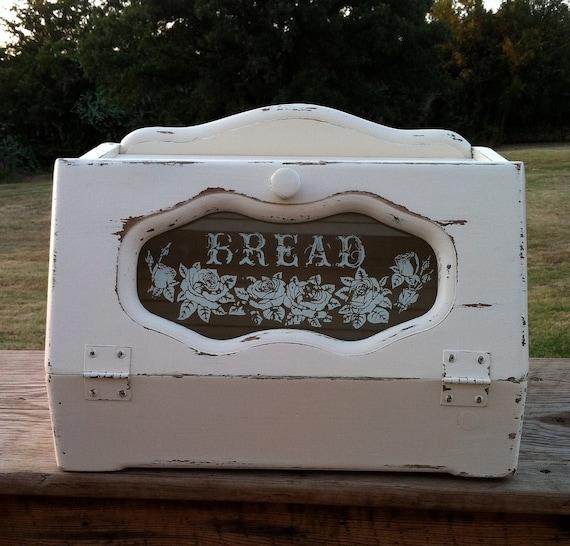 Shabby White Vintage Bread Box / Vintage Kitchen