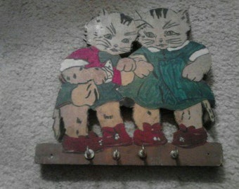 Vintage Woodcut Kittens Key Holder ECS