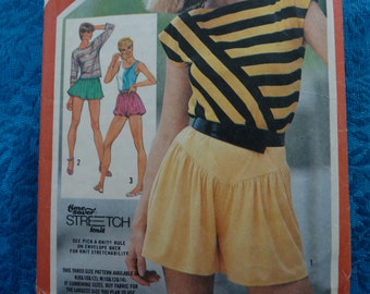 vintage 1980s simplicity pattern 5932 pull on shorts pull over shirt