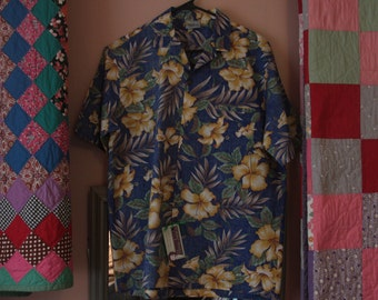 Men's Vintage Hawaiian Shirt by Royal Creations, Mens' Size M, Polyester and Cotton Blend, Blue, Yellow, Retro Colors, Item #10.7