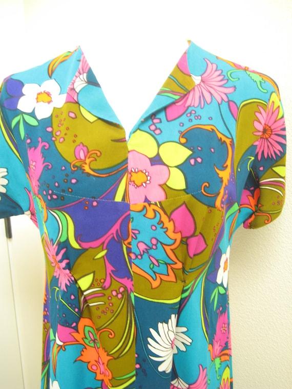 Bright Floral Maxi Dress/ 60s 70s Peace Love Dress/ Hippie Dress...Vintage Party Maxi Long Dress