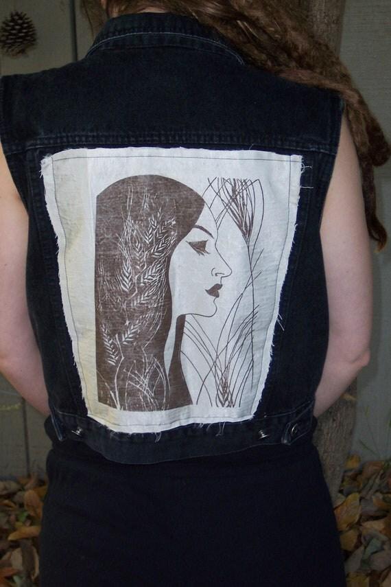 Art Nouveau vintage psychedelic backpatch sewn-on black denim vest