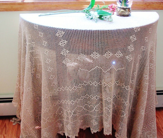 Antique French hand Crocheted Tablecloth early 1900s 85x55 inches