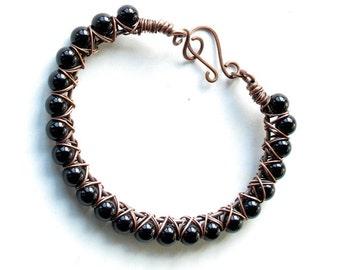 Black beaded bracelet - onyx gemstones & copper wire wrapped bangle