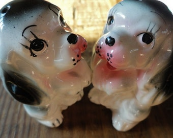 Vintage Dog Salt and Pepper Shaker Set, Collectibles, Retro Kitchen Decor