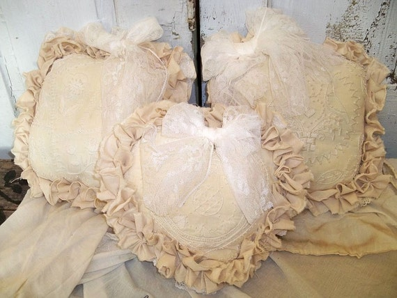 Shabby chic muslin pillows ivory off white by AnitaSperoDesign