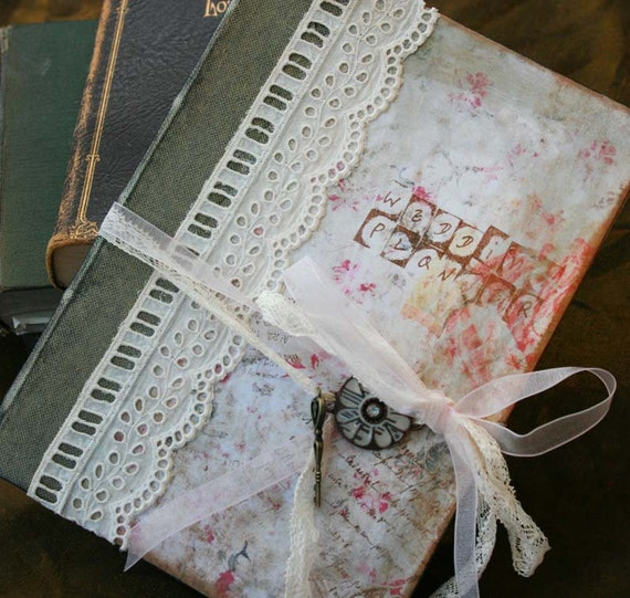 Wedding Planner - vintage style - custom - 56 pages