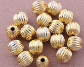 25 Gold plated metal 10 mm round corrugated beads.  Great for necklaces, earrings, bracelets, jewelry making