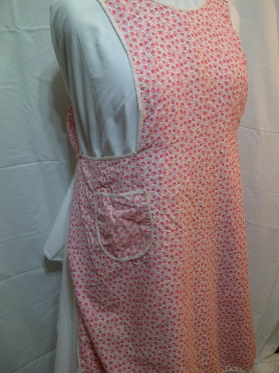 Vintage Handmade Pink and White Full Apron