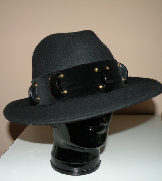 Vintage Gloria Santandrea Black Wool Hat  With Plastic Details And Gold Beads.