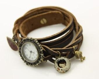 Bracelet Brown leather strap Japanese girl kokeshi